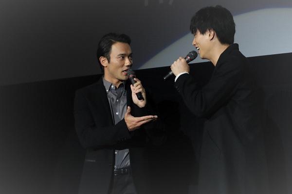 鈴木さんが小澤さんをイジってトークはヒートアップ